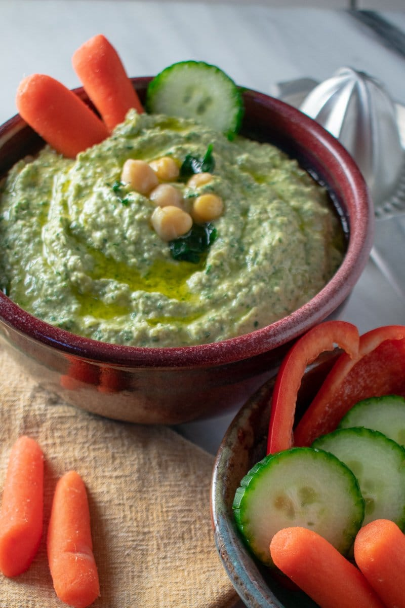 Garlicky Spinach-Artichoke Hummus