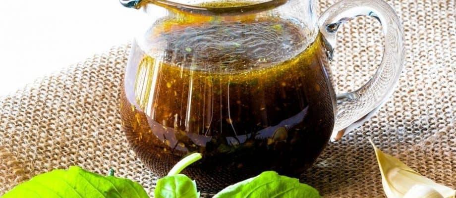 Herbed Balsamic Honey Vinaigrette